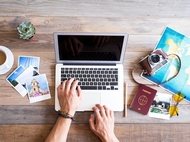 Chatbot-uri penru agentii de turism